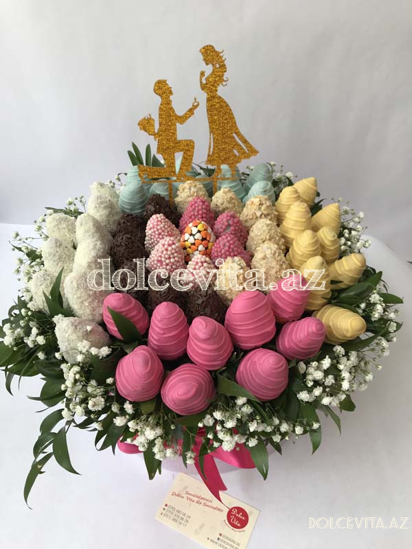 Choco strawberry in basket M