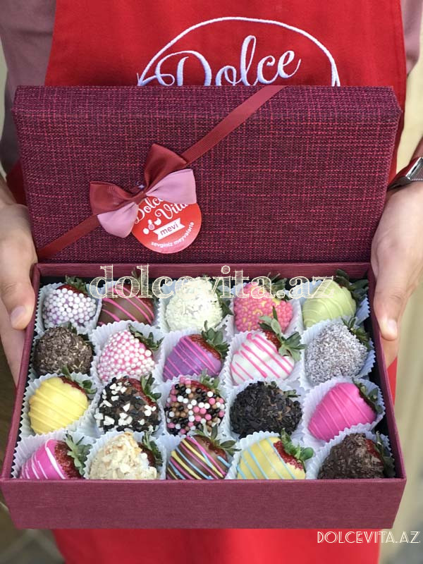 Special choco strawberry box 20 pieces