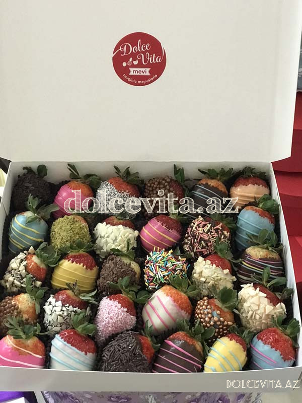 Choco strawberry box 30 pieces