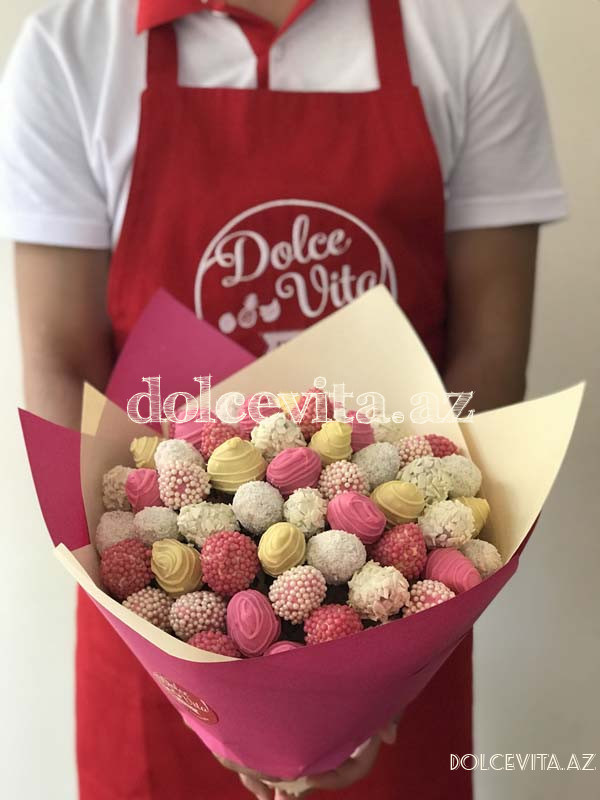 Choco strawberry bouquet 31 pieces