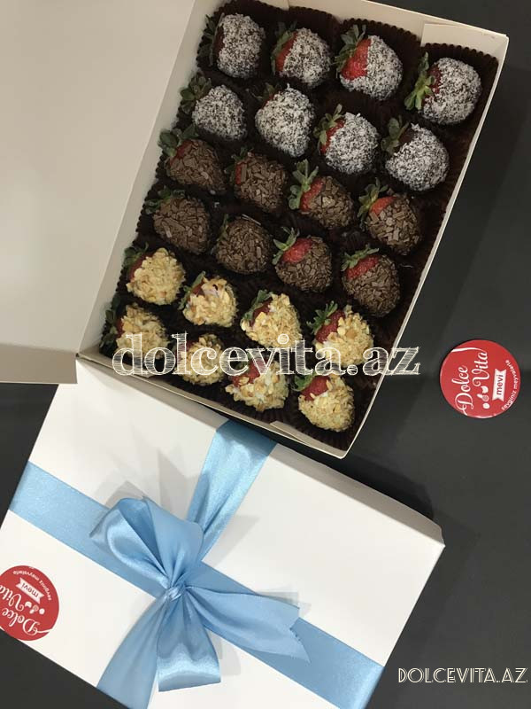 Choco strawberry box 24 pieces